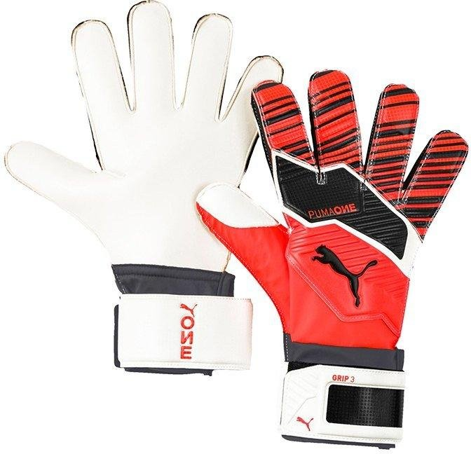 Goalkeeper's gloves Puma One Grip 3 RC